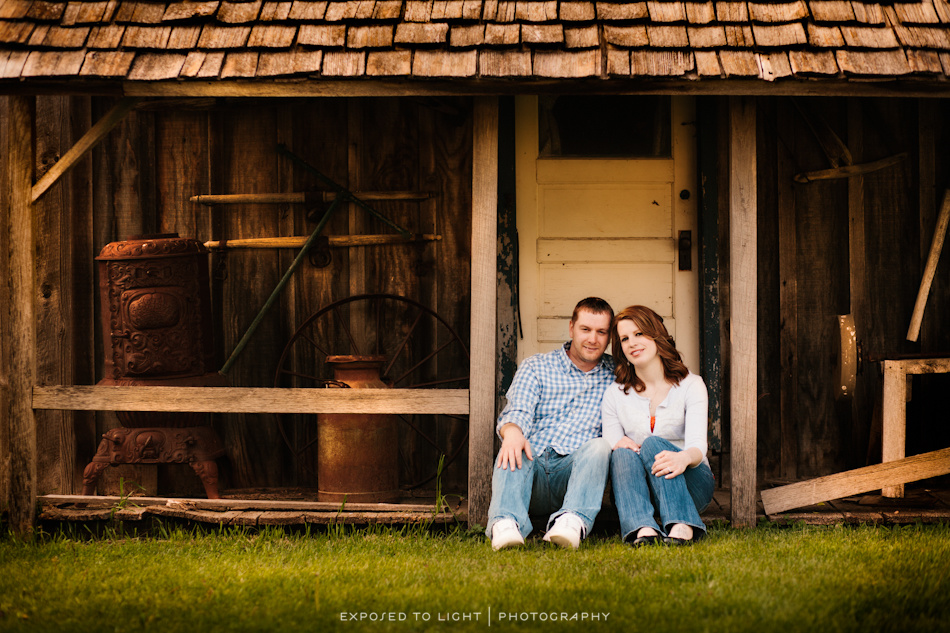 Minneapolis Engagement | Down on The Farm | Sarah and Krist